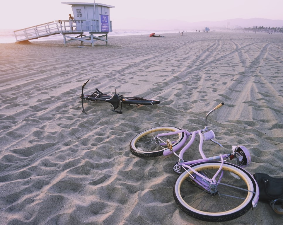 Beach cruiser on Venice Beach